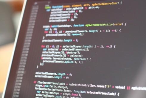 プログラミングは文系でも勉強できる!「どこから始めたらいい?」をイチから解説